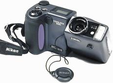 Coolpix_990_camera_2